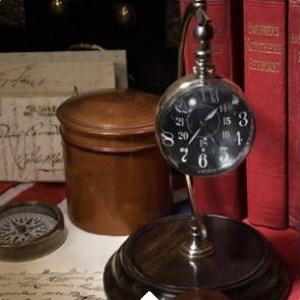 Clocks & hourglasses